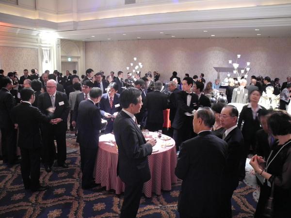 2011年10月20日 パトリック・J・リネハン総領事歓迎レセプション_w600_04