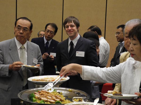 2011年7月22日 2011年度理事会・総会・懇親会_w600_04