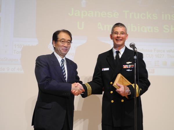 2011年9月29日 講演会「トモダチ作戦と日米の絆」_w600_05
